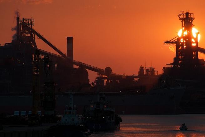 El textil valenciano solicita que se solvente pronto el conflicto de la estiba en los puertos españoles